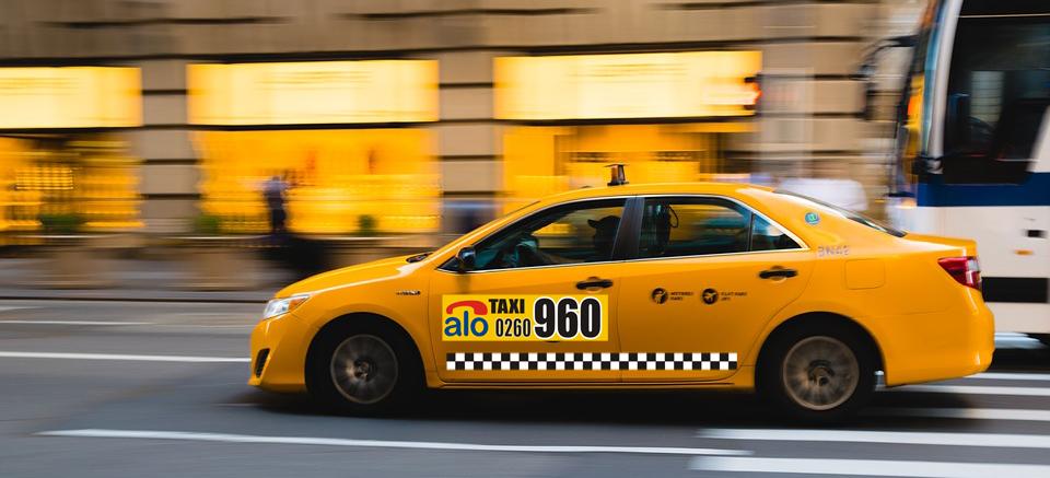 ALO TAXI - Serviciu de taximetrie Zalau ! Confort , rapiditate si siguranta !